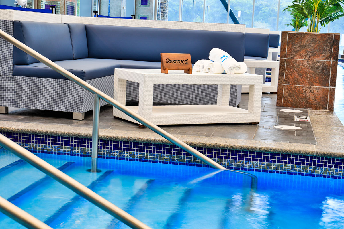 Mount Airy Casino Get Wet Ultra Pool Day bed