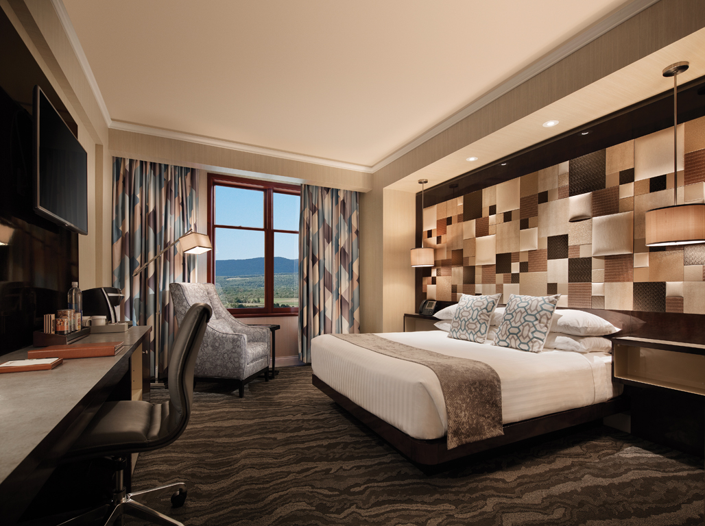 Mount Airy Casino deluxe king room