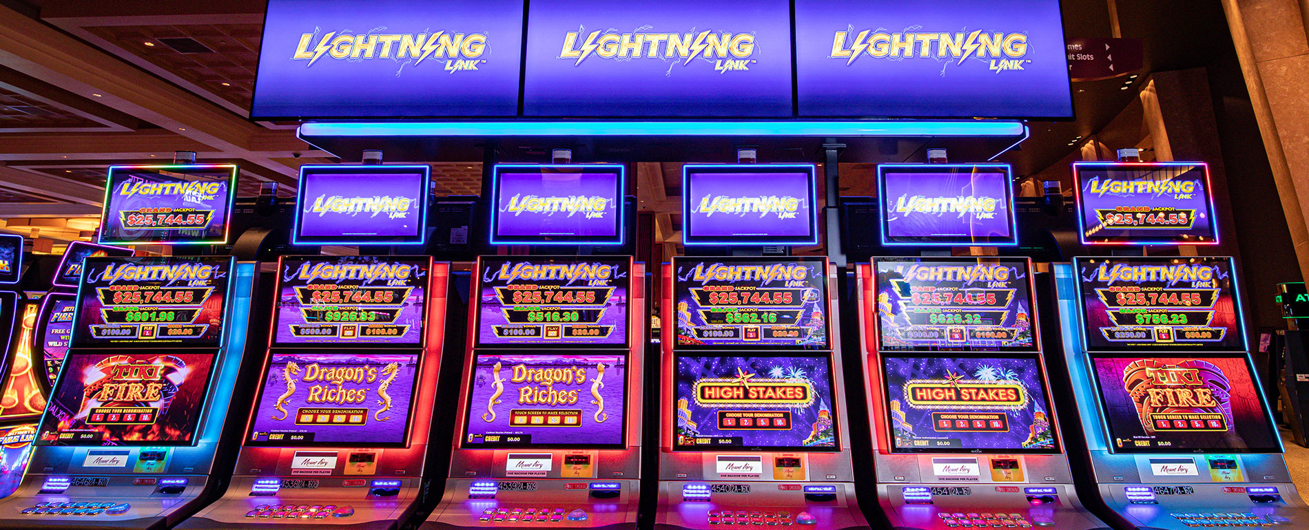 mt pocono lightning link slot machines