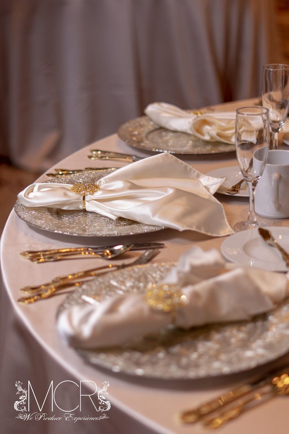 Pocono Wedding - table decoration