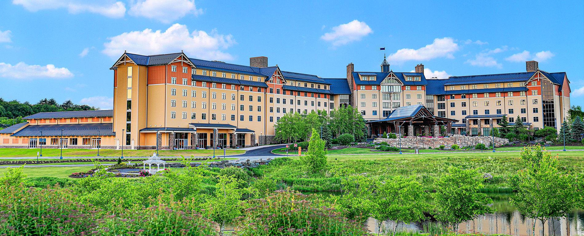 mt Poconos hotel casino spa exterior 2020
