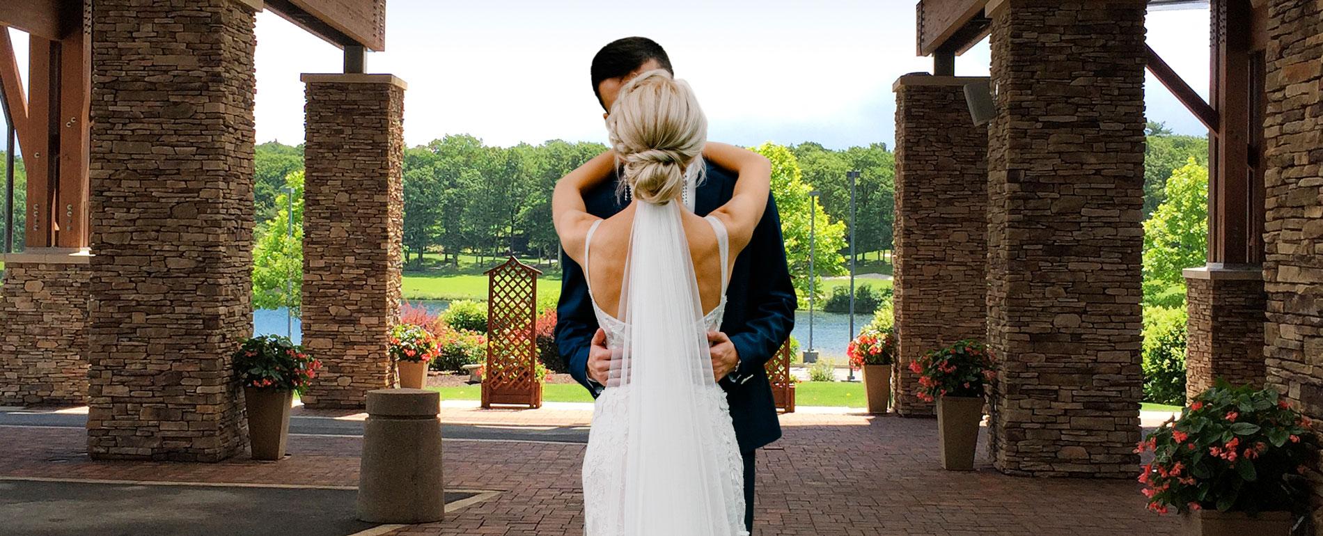 Spring Summer Wedding in the Pocono