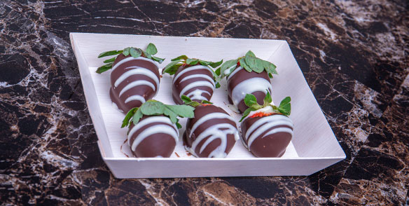 chocolate covered strawberries - preset amenities