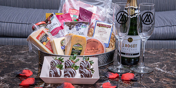 2021 Amenities | Endearment package - roses, champagne, chocolate covered strawberries, cheeses, port wine, cured meats, nuts, and crackers