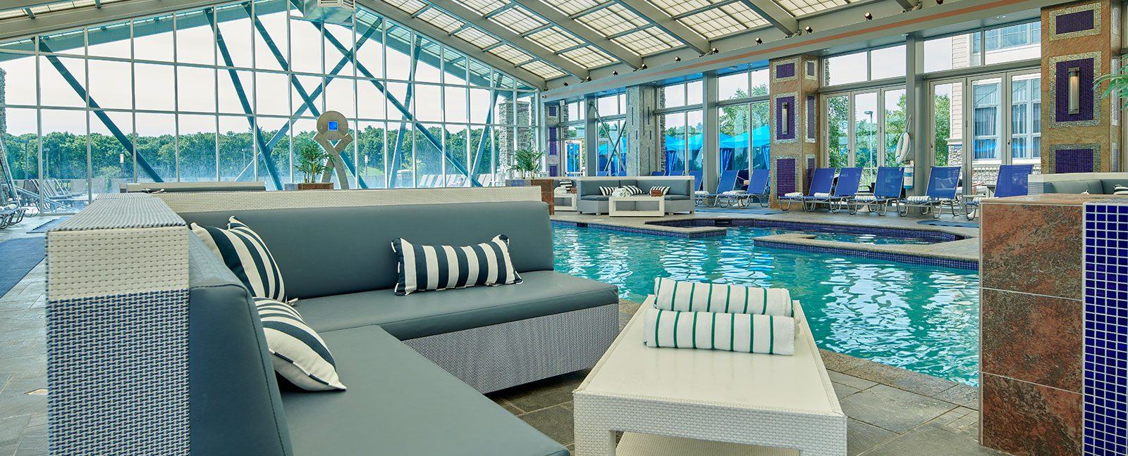 indoor pool, daybeds