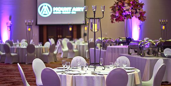 indoor wedding banquet